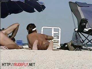 Hawt hippie nudista mel voyeur praia voyeur