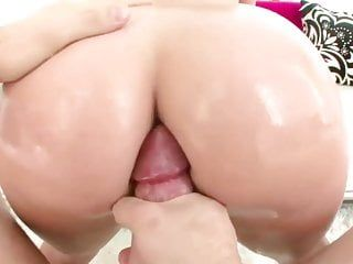 Nice-looking wazoo kelly divine loves doggy style